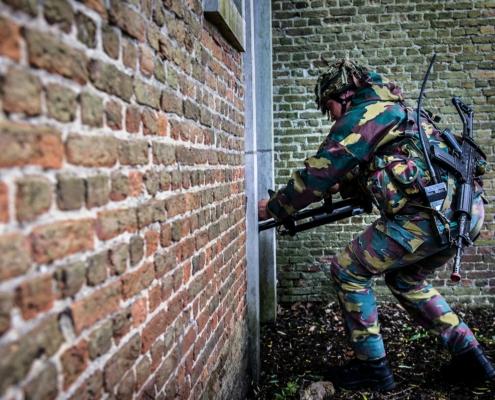 sigridspinnox stories belgiumhowtobeasoldier  scaled